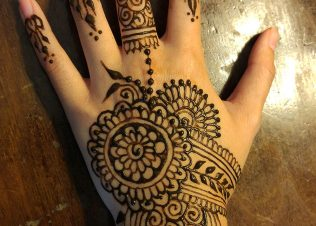 Custom Henna Tattoos in San Diego CA | Crescent Moon Designs